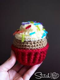 Crochet Cupcake Pattern Gorgeous Free Crochet Cupcake Pattern Stitch48 Craft Projects Pinterest