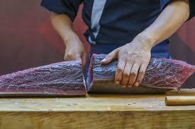 В Японии продали тунца за <b>1</b>,8 <b>миллиона долларов</b> ...