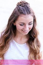 تسريحات الشعر في سن المراهقة للفتيات اتجاهات الموضة