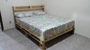 beauty queen size pallet bed plans