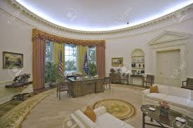oval office pictures. Replica Of The White House Oval Office On Display At Ronald Reagan Presidential Library And Pictures