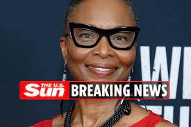 Suzzanne Douglas dead at 64 as fans ...