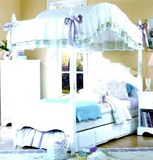 Little Girl Canopy Beds Wood Canopy Bedroom Sets Twin Canopy Bed ...