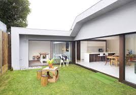 casa de un piso y tres dormitorios planos de arquitectura casas pequenas con patio interior