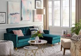 Mendekorasi ruang santai berukuran kecil. Desain Ruang Keluarga Yang Santai Dan Nyaman Yang Menjadi Trend Tahun Ini Homeshabby Com Design Home Plans Home Decorating And Interior Design