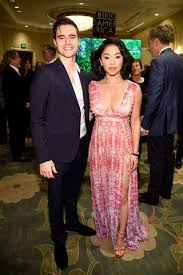 Lana condor and anthony de la torre celebrated four years of love together on a ship in vancouver, enjoying some cheese and crackers and dancing along to anthony's newest song off the 13 reasons why season 3 soundtrack. Lana Condor On How Noah Centineo Dating Rumors Affected Her Real Boyfriend Anthony De La Terre
