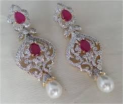 jewelry colour may slightly vary due to photographic lighting sources or your monitor settings