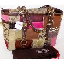 COACH HOLIDAY PATCHWORK GALLERY TOTE   10437 (Multicolor)