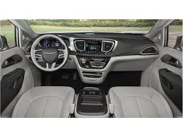 2018 chrysler pacifica interior. exellent interior 2018 chrysler pacifica hybrid hybrid 1 with chrysler pacifica interior p