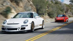 Let's just say that it wasn't even a contest for the former. Head 2 Head 9 Episode 101 Hot Rod Porsches Guntherwerks 400r Vs Sharkwerks Gt3 4 1 Motortrend