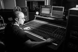 Joseph dante delfino (conservatory of recording arts '07) has been teaching aspiring engineers as part of the program here at miller street studios for over three years. Audio Arts Music Production School Chicago Miller Street Studios