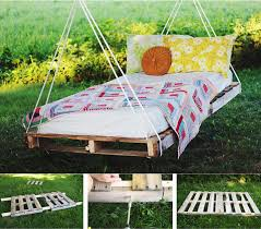 link themerrythought com diy diy pallet swing bed