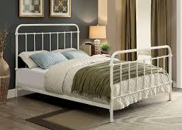 Furniture of America CM7701WH-Q Iria Vintage White Metal Bed