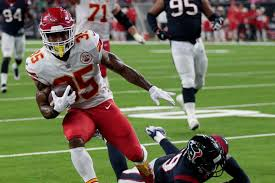 Kansas City Chiefs Running Back Depth Chart Kansas City Chiefs 18 Depth Chart Update Ahead Of Otas