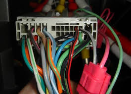 2004 2006 f150 audio wiring? ford f150 forum 2004 Ford F150 Stereo Wiring Harness this is the back of the trucks wiring harness my new hu's pink wire is tapped into the trucks grey w black stripe wire 2004 ford f150 stereo wiring harness diagram