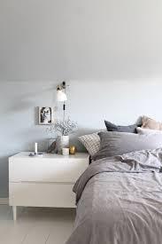 Ein Leichtes Frisches Blau Ist Im Schlafzimmer Eingezogen