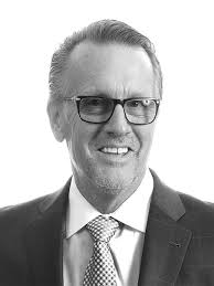 Andrew Carlson | SVP/Country Manager/Retail Market Lead | JLL Guaynabo