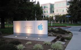 apple cupertino office. apple headquarters one infinite loop photo thanks to flickr user rwentechaney available under cupertino office o