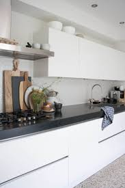White Modern Kitchen 1000 Ideas About White Contemporary Kitchen On Pinterest Small