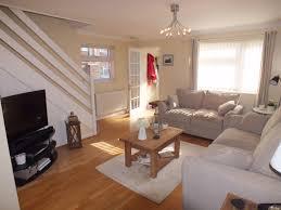 modern 3 bedroom semi detached house on sandford close