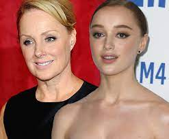 BRIDGERTON And CORONATION STREET: Sally And Phoebe Dynevor – Famous British  TV Dynasties Earning Over £10,000 Per Insta Post!   The Fan Carpet
