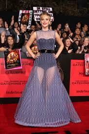 hunger games catching fire cast on red carpet my herald magazine jennifer lawrence hunger games catching fire