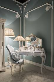 Precious details and delicate colours for the feminine bedroom by ...