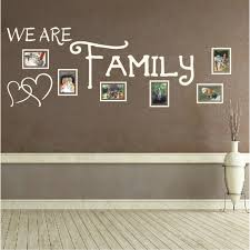 Spruch Wandtattoo We Are Family Bild Bilderrahmen Foto Wandsticker