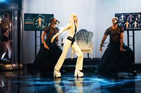 Poppy Gives Apocalyptic Performance Of Times Up On