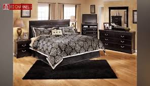 White room black furniture Black Coloured Decorating Leather Color Couch Grey White Bedroom Paint Dining Images Design Ideas Black Room Curtain Walls Shutterfly Decorating Leather Color Couch Grey White Bedroom Paint Dining