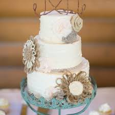diy wedding cake. Whimsical Fox Wedding Cake Toppers