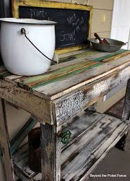 diy pallet potting bench top