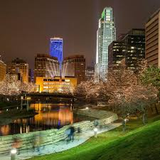 Bright Lights Omaha Ne What You Need To Know About Thursdays Downtown Lights
