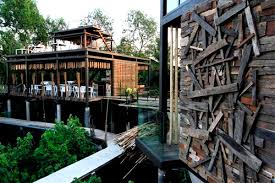 Donu0027t Just Dream Of The Ultimate Treehouse Stay In Treehouse Treehouse In Thailand