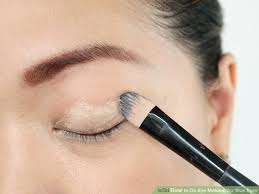 image led do eye makeup for blue eyes step 1
