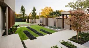 Contemporary Garden In Front Yard With Concrete Steps As Way To House  Lovely garden design to