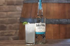 this dulce vida spirits cocktail will get us through the last of the heat