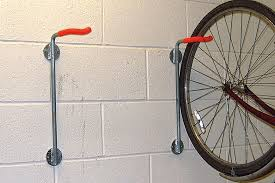 bike holder to hang 1 bike vertically