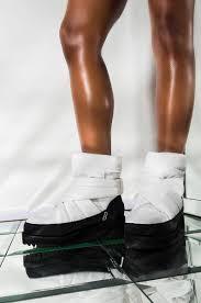 Ugg Quilted Upper Round Toe Velcro Strap Platform Ankle