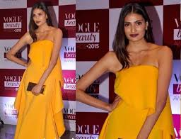 makeup for yellow dress athiya