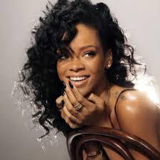 Rihanna разработала линию татуировок