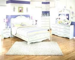 king size bed rug fine rug under king bed ideas elegant rug under king bed for