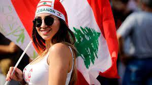 """مظاهرات لبنان.. لقطات نادرة من احتجاجات تضمنت """"بيبي شارك"""" و """"دبكة"""" - CNN  Arabic"""