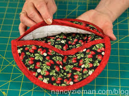 Sew a Pot Holder in 60 Minutes | Nancy zieman, Potholders and ... & Sew a Pot Holder in 60 Minutes Adamdwight.com
