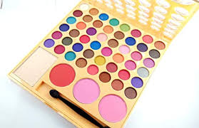 lakmé 9 to 5 makeup kit colorfull dazzling shine colors of eyeshadow color blusher bo