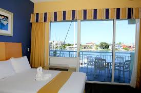 Chart House Suites On Clearwater Bay Clearwater Fl Hotel In Clearwater Beach Florida Chart House Suites