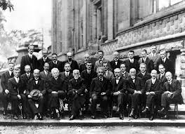 Amazon.de: 1927 Solvay Conference on Quantum Mechanics Physics Albert  Einstein Marie Curie Poster