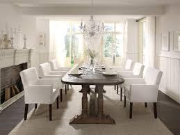 Langer Holztisch Holzmöbel Esstisch Kronleuchter