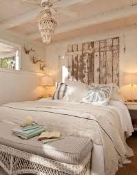 Comfy Cottage Style Bedroom Ideas (34)