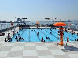 floating pool at barretto point park
